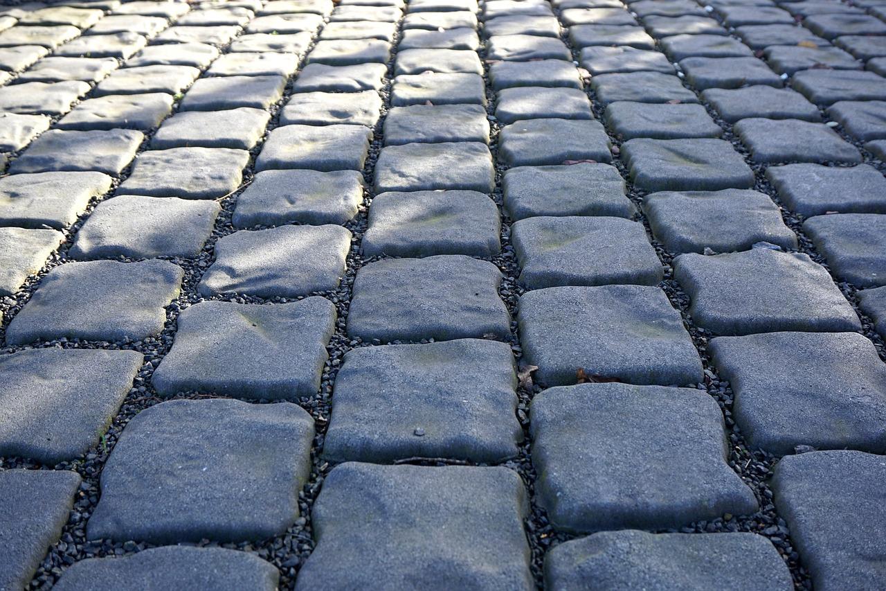 paving-stones-1166767_1280