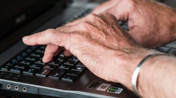 Top Tips To Naturally Manage Your Arthritis Pain